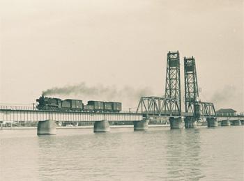 国鉄佐賀線時代の昇開橋1